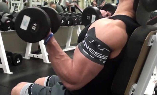 entrenamiento con oclusión biceps