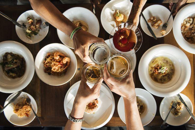 presión social en comida y alcohol